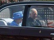 英女王没系安全带被举报 网友:把报警人判刑!