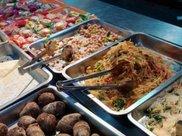 喜欢腊肉的看看这道腊肉炒粉条的做法,最家常,最美味,最下饭!