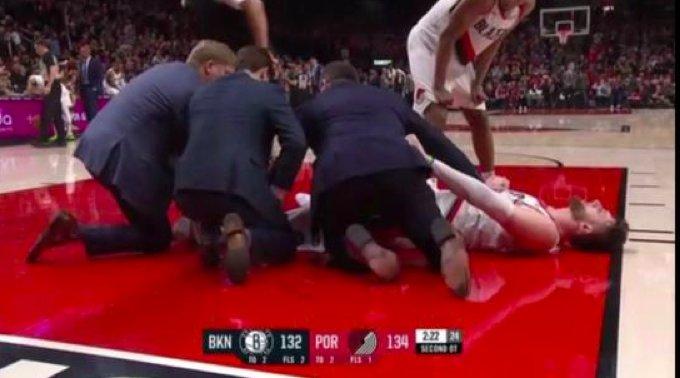努尔基奇小腿折断裁判不知情踢了一脚