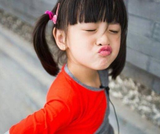 田亮晒森碟获奖照,首战世界大赛获铜牌两枚,不愧是世界冠军女儿图片