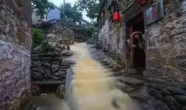 王家辿,位于河南省鹤壁市鹤山区姬家山乡.