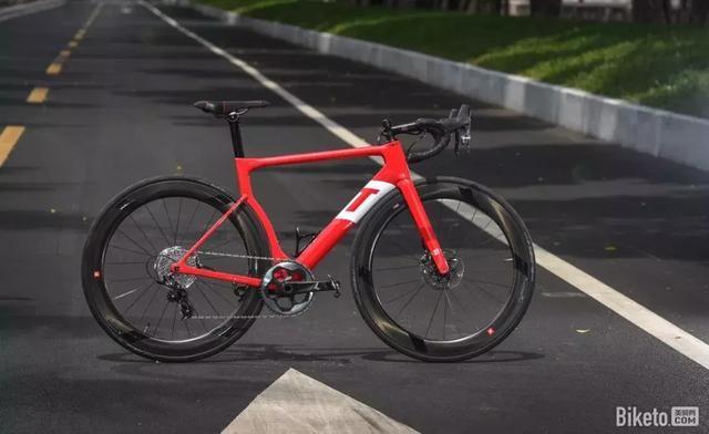 二,自行车的结构:无论哪一类自行车,都由四大系统组成.