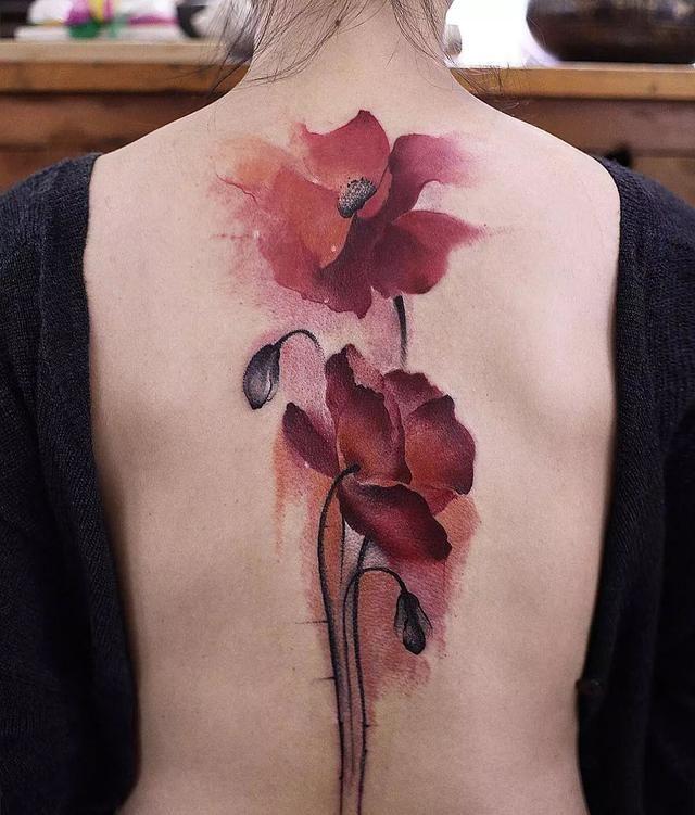 纹身|小猪佩奇代表社会人,水墨中国风代表文艺人!