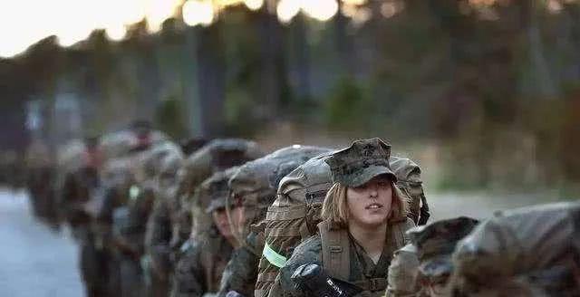 海湾战争中,被萨达姆俘虏的美国女兵后来怎么样了?