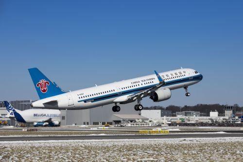 中国南方航空接收其首架空客a321neo飞机