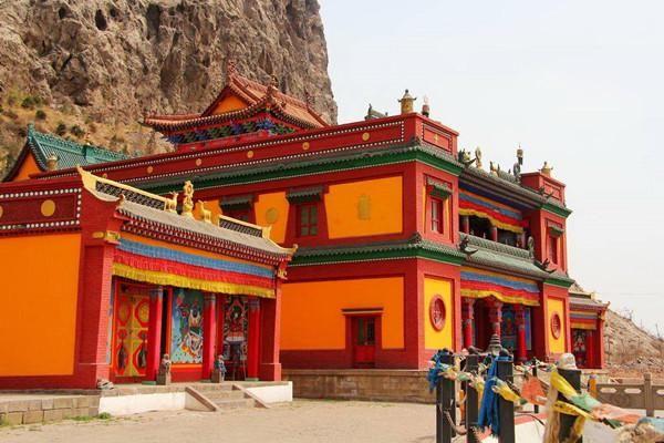 内蒙古一个富裕城市,仅50多万人却有3个区