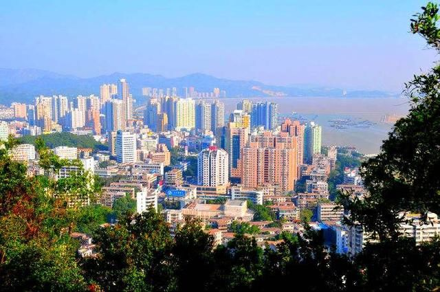 肇庆清远GDP_你没有见过的30年前的广州