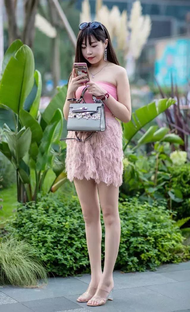高跟鞋是女性专属,穿出成熟魅力的气息
