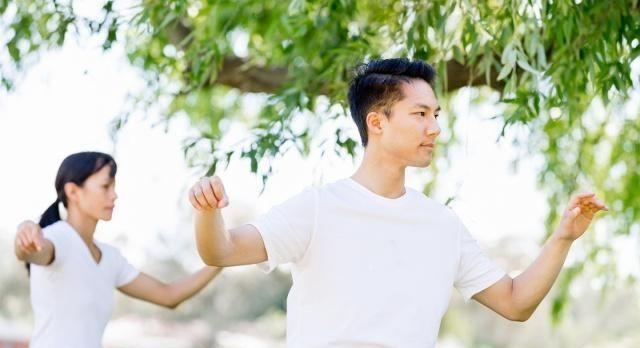 太极拳运动对风湿性关节炎有着积极的防治作用