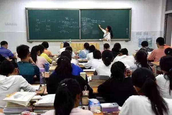 湖北新高中课程改革实施意现出台,学生可跨班