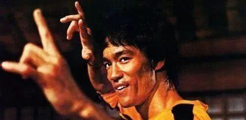 《好莱坞往事》丑化李小龙惹争议,章子怡曾曝好莱坞欺压亚洲演员
