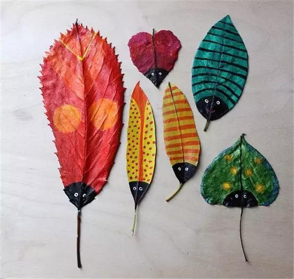 幼儿园废物利用手工制作:被玩坏了的落叶成了美,粘贴涂鸦玩个遍
