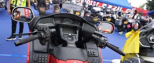 金翼太贵可以看它,本田又一休旅车,搭载998cc引擎+DCT变速箱