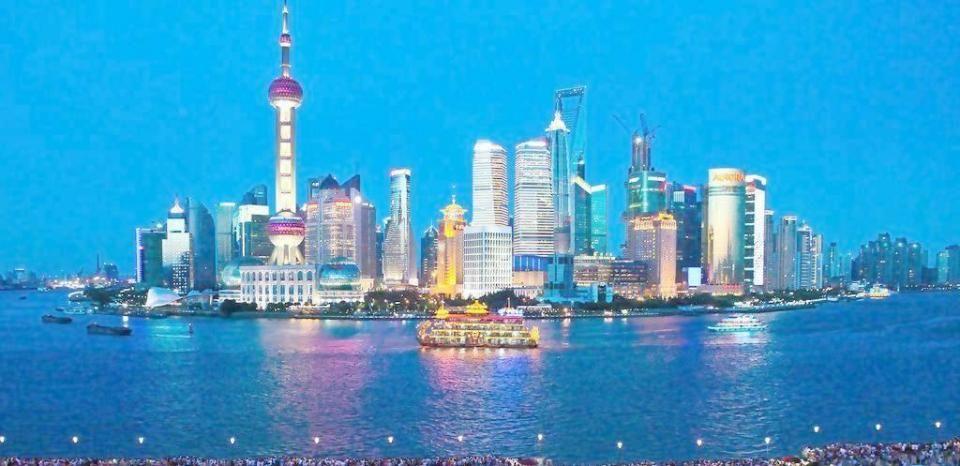 重庆和香港的经济总量_香港经济现状对比图