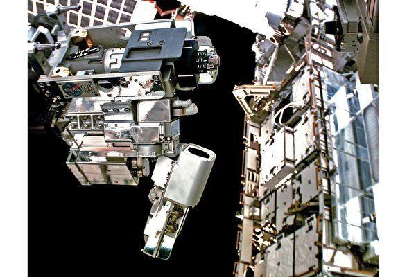 太空站成功实验遥控全自动燃料添加