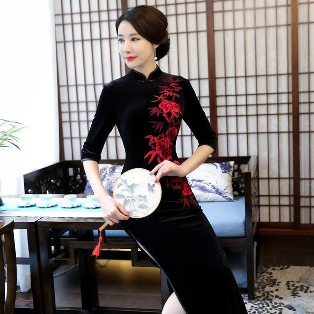 长款黑旗袍丝绒,a旗袍矜贵,给你一抹东方风情天儿童病毒性咳嗽v旗袍多少需要图片
