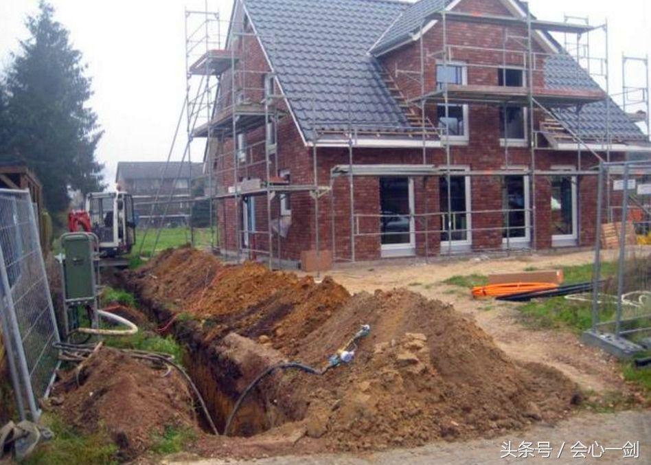 实拍:详细图解德国农村盖房子的全过程,和我们的差别很大