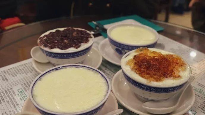 它是国内厨神第一城,图片不大却是美食江湖的450*150地方美食图片