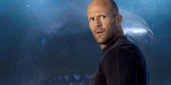 《巨齿鲨》发布新剧照 杰森斯坦森分享准备过程