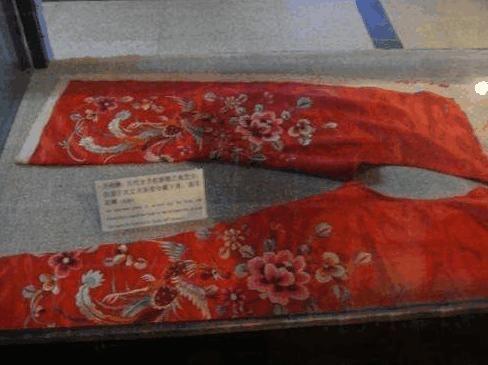 古代新娘嫁妆,娘家必备3样情趣:一个接落红,另图片大妈农村穿洞房大全图片