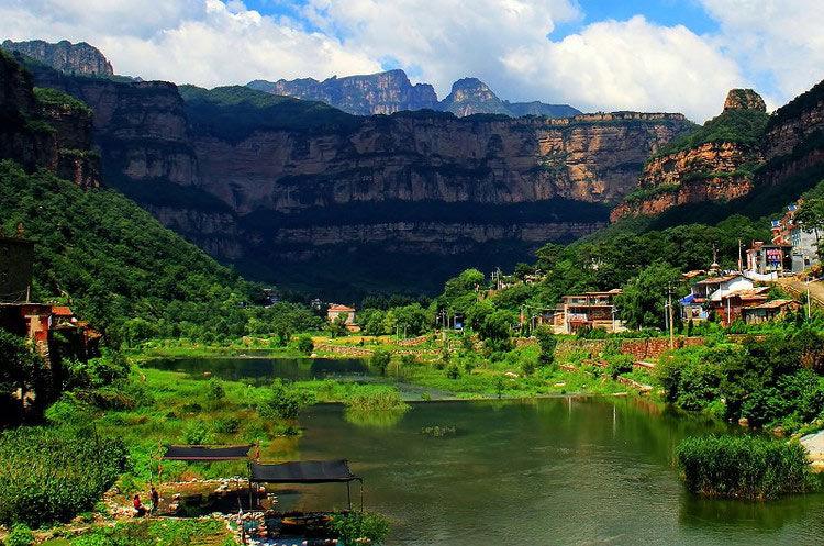 河南旅游景点大全,旅游景点排名,河南景点攻略,河南必去旅游景点推荐