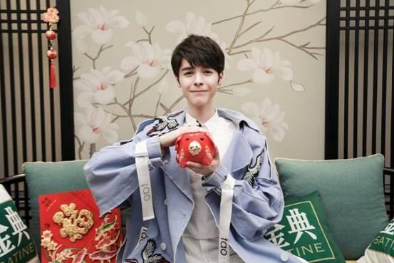 《歌手的秘密》小K秀中文绕口令曝最想跟华晨宇合作