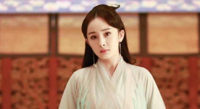 杨幂愿零片酬出演《战狼3》,吴京简单的三字回复,粉丝不淡定了