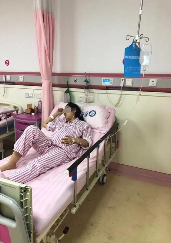 郑州人在信阳旅游被信阳华联商铺业主殴打 致孕妇先兆性流产