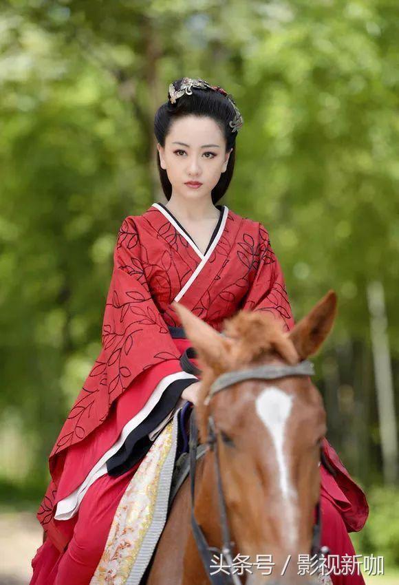 影视剧红衣古装女星,杨蓉惊艳众人,陈紫函笑趴了!