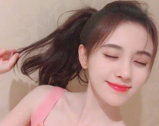 鞠婧祎长发够美了,当剪成短发,网友直呼:这谁受得住?插图(1)