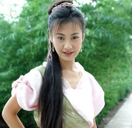 她美过杨颖,事业巅峰为爱选择退出娱乐圈嫁人,如今却无人记得!