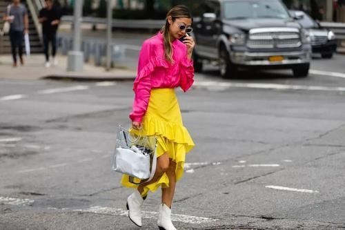 """时装潮流的""""未来塑料风""""玩到头了吗?"""