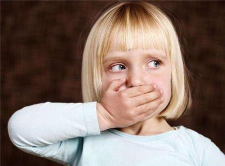 警惕:冬季孩子有3种现象,说明体内积食,看看你
