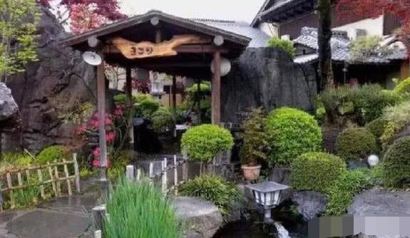 心理测试:这三个院子,你最想住哪个?测你会喜欢上哪个星座的人