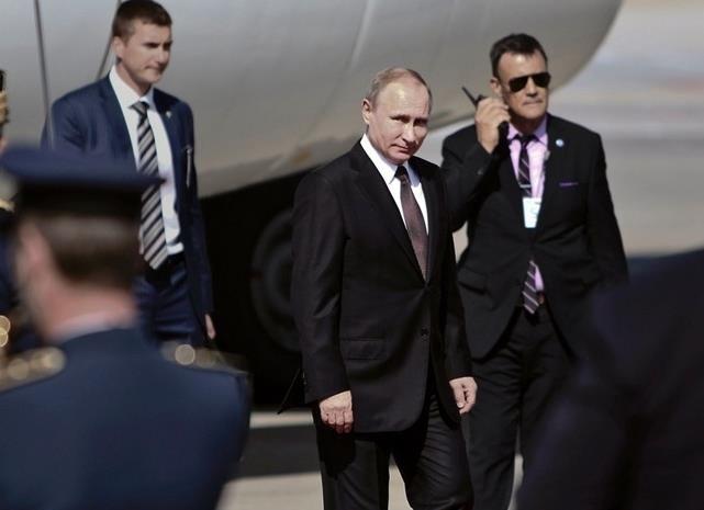 各国领导的保镖,普京的最酷,奥巴马的像明星,马克龙的