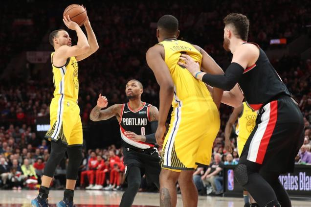 NBA排名:开拓者22分大胜勇士坐稳前四,火箭3场2负难进前三?