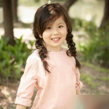 11款女大童发型美丽的简易!刘海半丸子头怎么扎图片