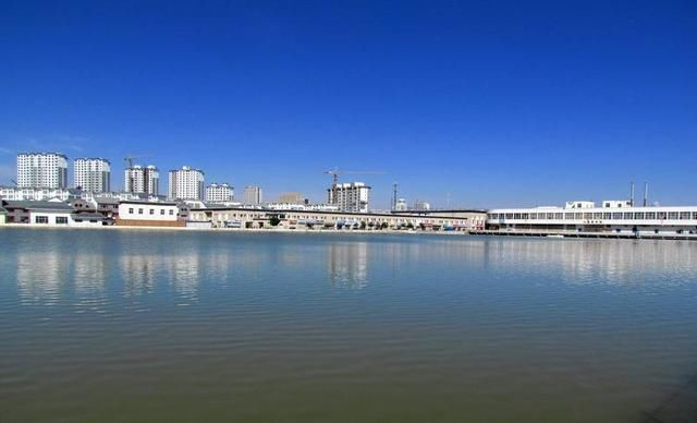 鹤岗gdp_意大利最美小镇1块钱卖房 没了人,房子就只是一堆砖头水泥(3)