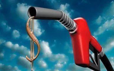 今晚24时国内油价或将迎来2018年首涨 下班赶紧去加油