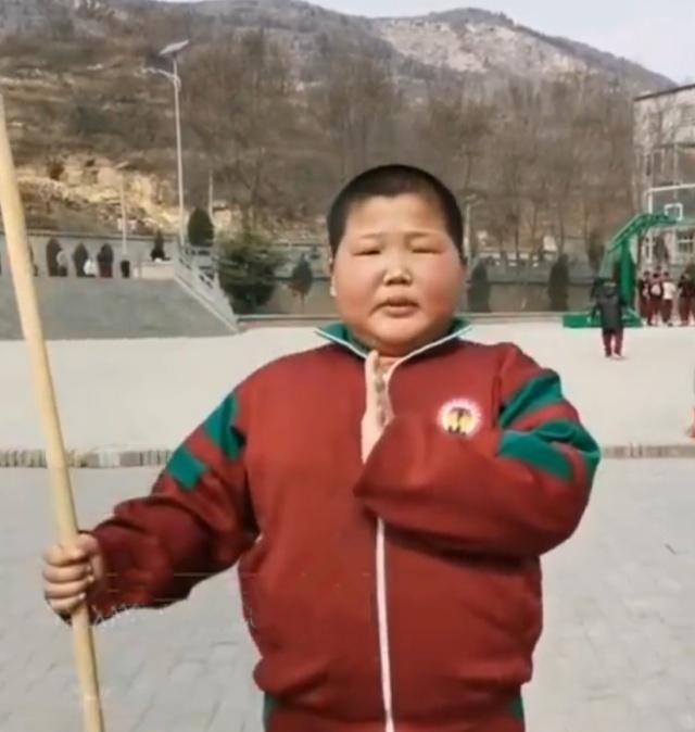 11岁表情练武,面部秒变表情,想成为像他呢嘛干动态包男孩包表情0图片