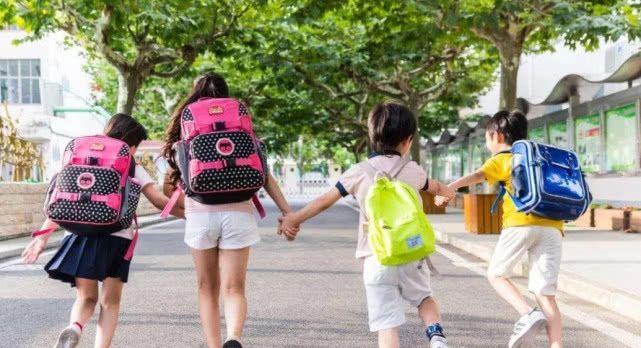 """暑假期间,这三件事不能让学生""""偷懒"""",不然会严重影响成绩!"""