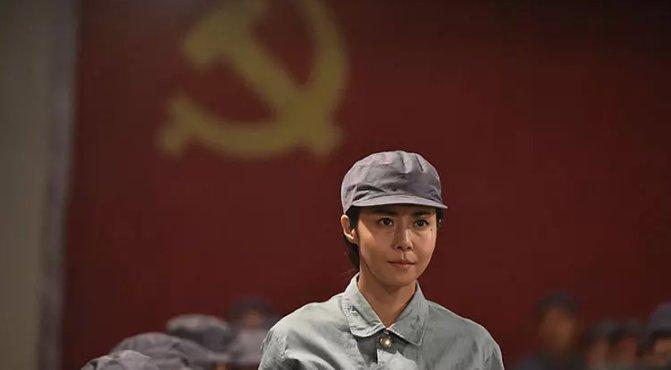 """日本人拍摄的""""抗日剧""""是啥样?再现战争阴暗面,八路军形象正"""