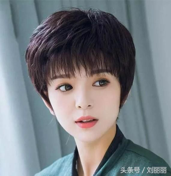 最适合30到40岁女性的发型20款,精致,大方,显年轻图片