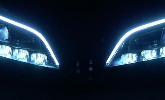 普通的汽车大灯穿透能力都是有限的,在恶劣天气,即使将灯光调到最亮