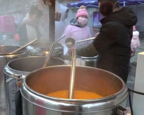 多口味早餐粥 小米粥黑米粥南瓜粥受人欢迎