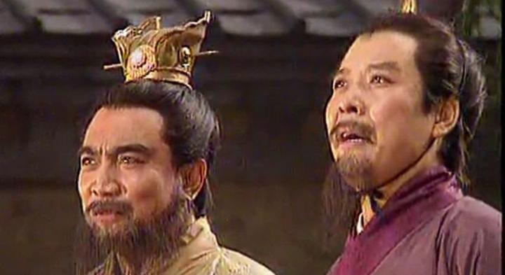 刘备为何总躲着曹操?