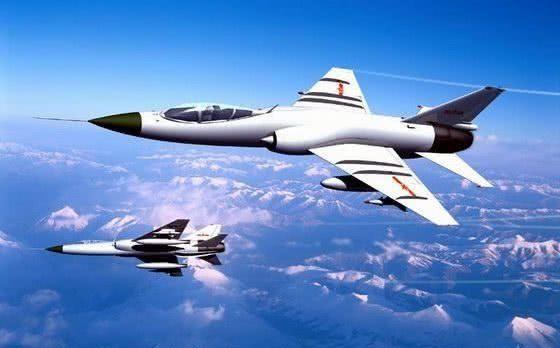 中国升限25000米战机竟由大学生设计:飞机厂崩溃了