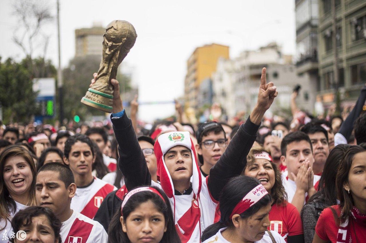 墨西哥国家足球队门将吉列尔莫奥乔亚举行记者