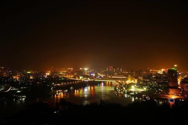 四川最厉害的一座城市,不仅管辖多个区县,各类