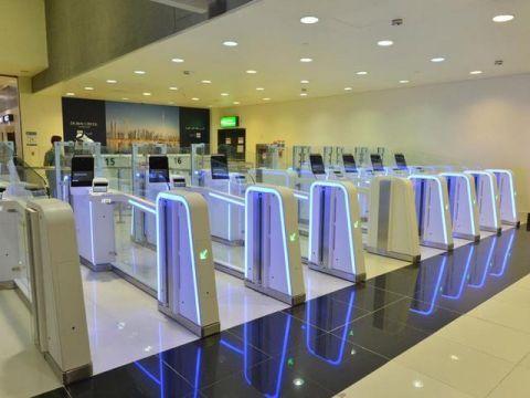 国际旅客吞吐量全球第一的迪拜机场将自3月26日起关闭旅客迪拜